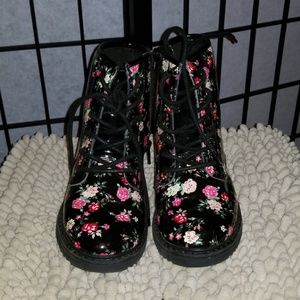 Girls floral Boots